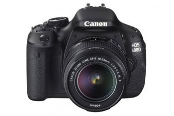 Canon EOS-600D (18-135mm) Lens Kit