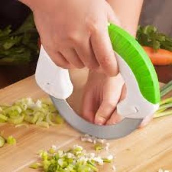Ergonomic Design Rolling Knife Mincing Dicing and