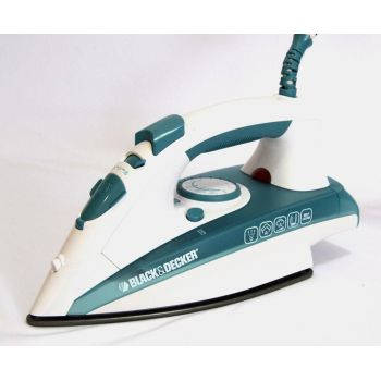 Black Nd Decker Steam Iron X-1600