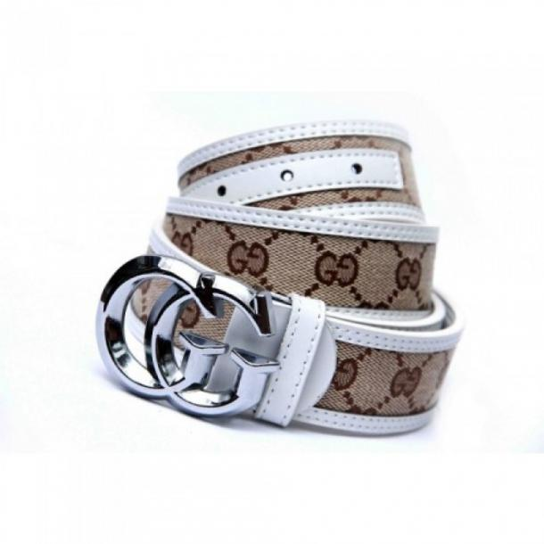 GUCCI WHITE TEXTURED BELT WITH SILVER BUCKLE