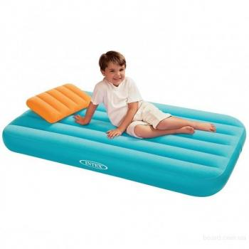 Inflatable Mattress With a Pillow