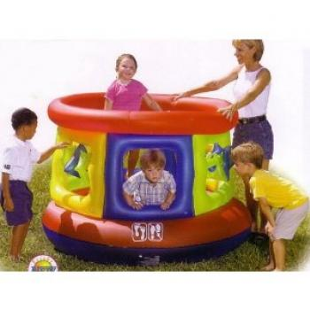 Splash and Play Jumping Tube Gym