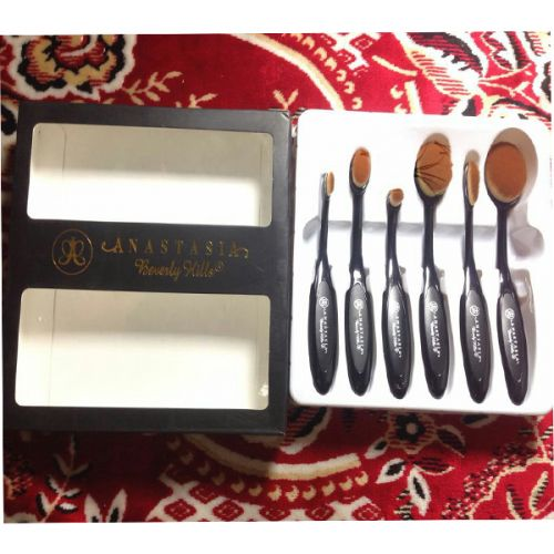 Anastasia Oval 6 pcs Brush set