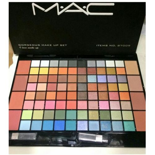 Mac 88 Gorgeous Eyeshadows kit